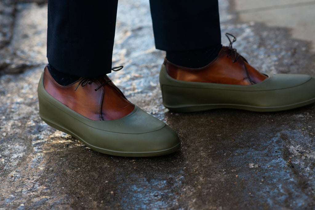 Shoes with Swims outside on ice - how to care for your leather shoes