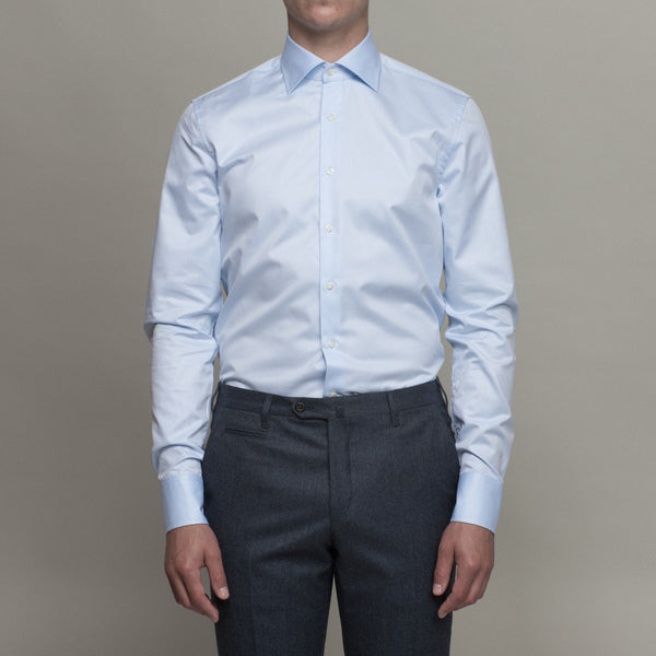 daedf73200d How a dress shirt should fit. A properly fitting dress shirt will make any  tuck ...