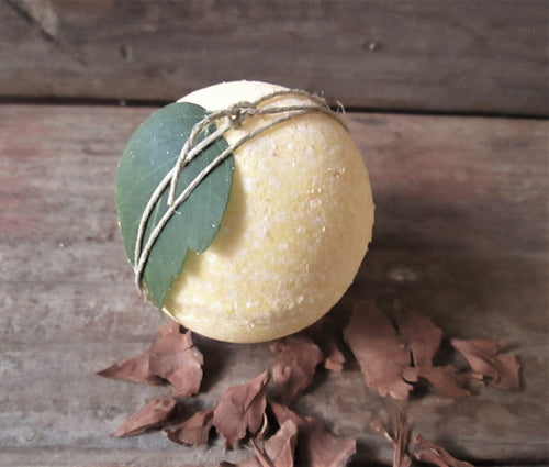 CLEMENTINE Simply Beautiful All Natural Bath Bombs