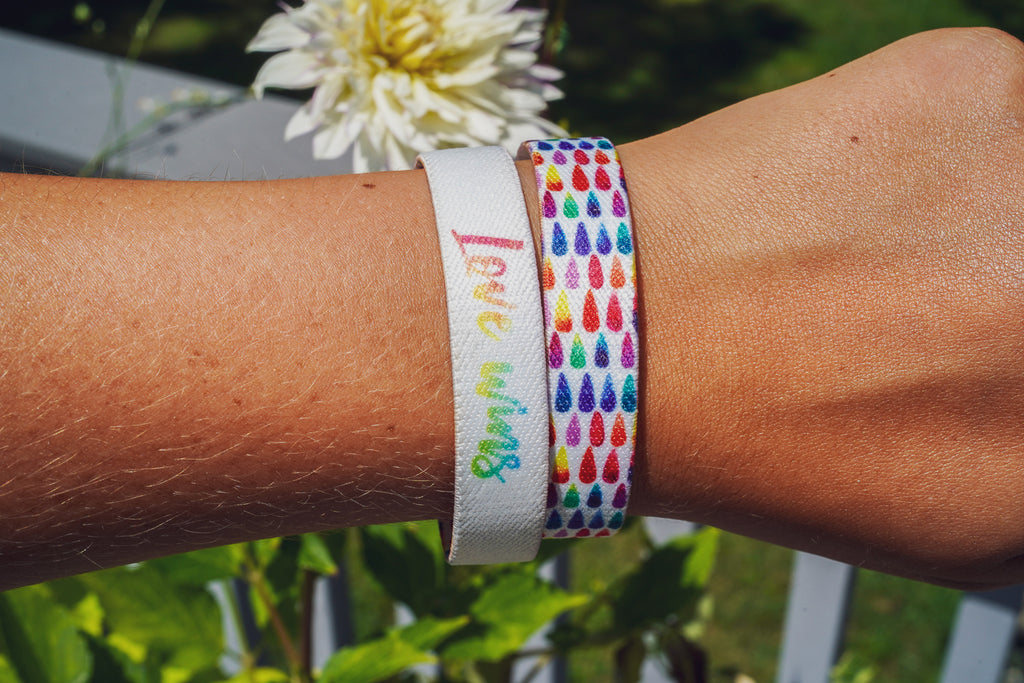 Love Wins, Rainbow Droplets Unselfie Band