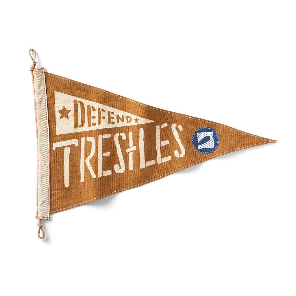 DEFEND TRESTLES Flag
