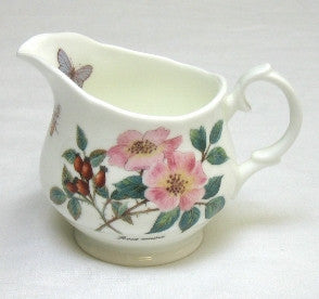 Tea Flower Milk Jug with Rosehip & Elderflower