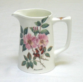 Tea Flower Small Tankard Jug with Rosehip & Elderflower