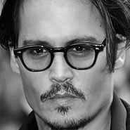 Johnny Depp uses 4VOO
