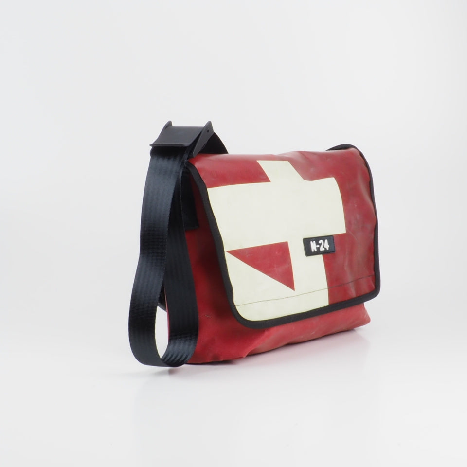 Messenger - red and cream - No.709