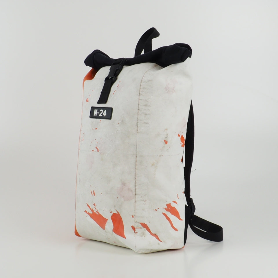 Rogue backpack - orange and white - No.639