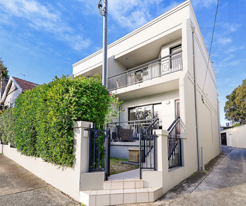 112 Carrington Road, WAVERLEY