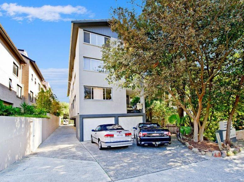34 Beach Road, BONDI BEACH