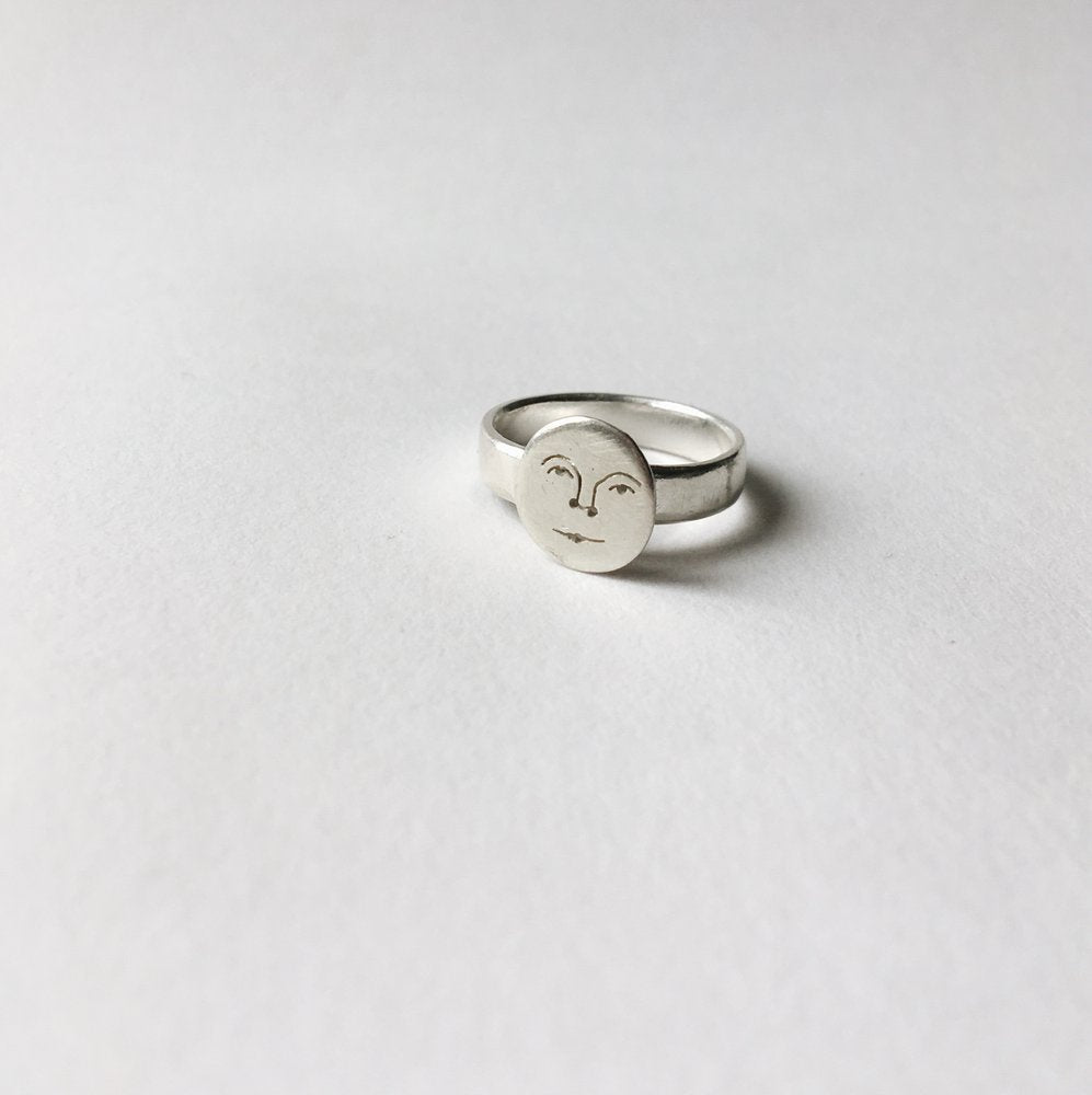 Mini Moon Face Ring