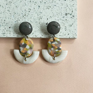 Drop Earrings in Cream