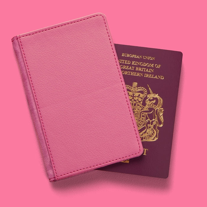 Betty Boop Glitzy Heart Passport Cover - Image 2