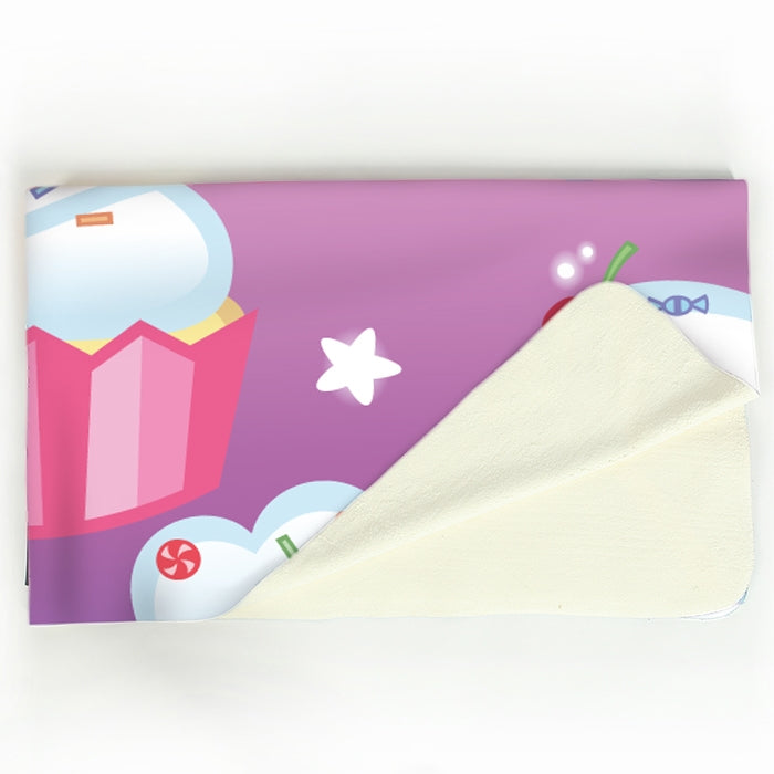 Early Years Cupcake Fun Fleece Blanket - Image 2