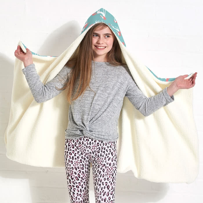 ClaireaBella Girls Unicorns Hooded Blanket - Image 3