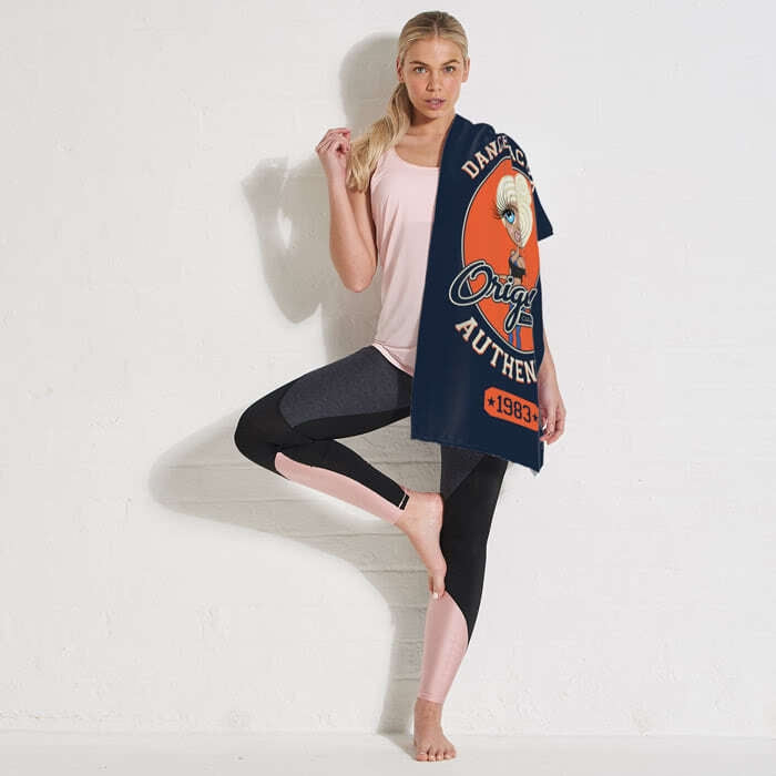 ClaireaBella Varsity Gym Towel - Image 4