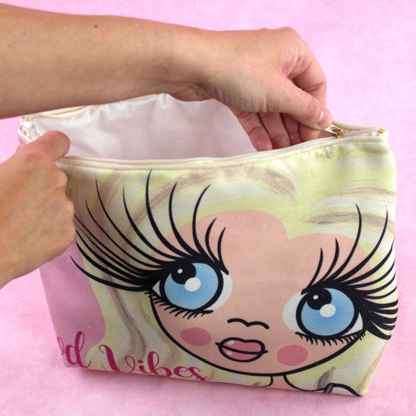 ClaireaBella Close Up Wash Bag - Image 5