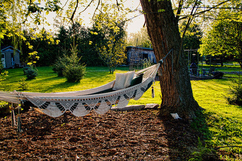 nicarguan double hammock 101 ways to hang your hammock  rh   hammockuniverse