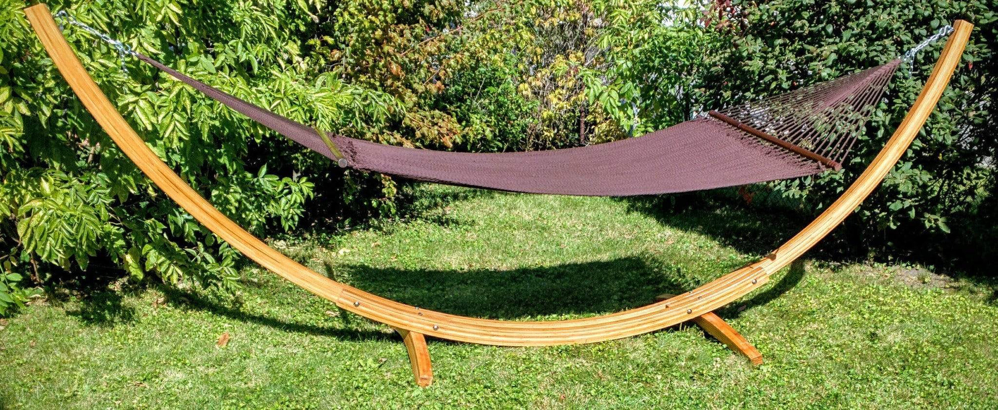 Deluxe Polyester Rope Hammock with Bamboo Stand - Hammock Universe Canada