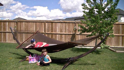 Polyester Rope Hammock - Soft-Woven Deluxe - Hammock Universe Canada