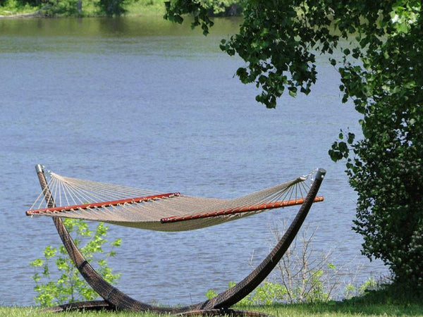 deluxe polyester rope hammock with wicker stand