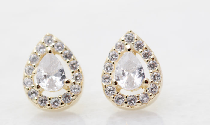 Teardrop Halo Stud
