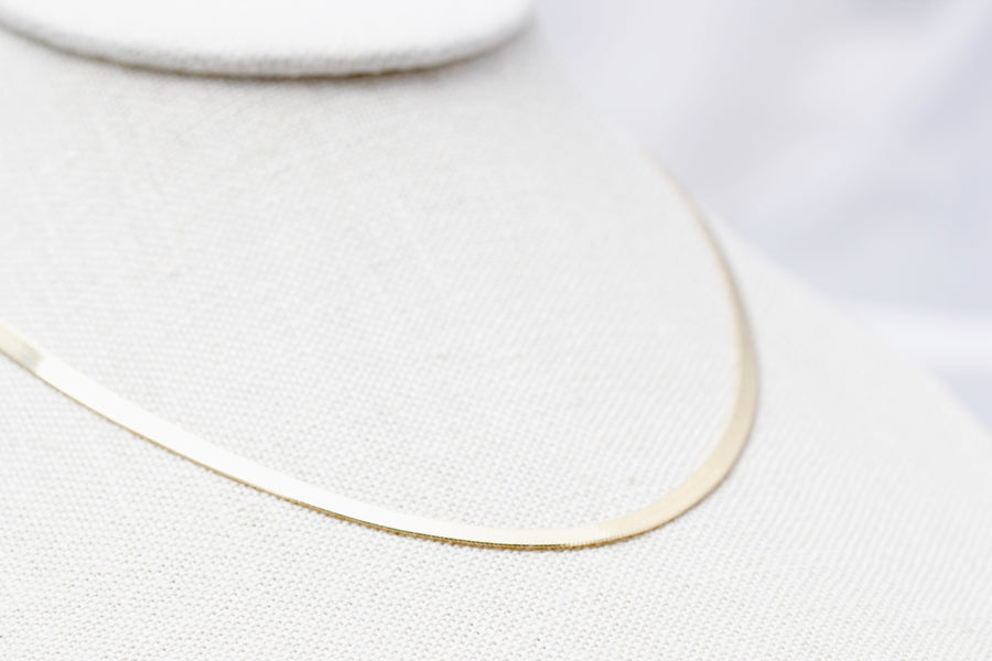 Thin Herring Bone Necklace