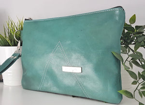 IRIS Leather Clutch - Green