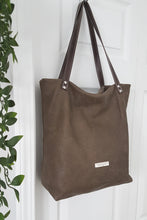 Load image into Gallery viewer, BOREALIS Leather Tote