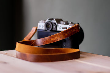 tan leather camera strap