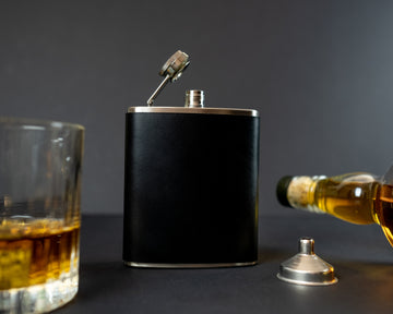 Leather wrapped hip flask - The No. 95 - Black