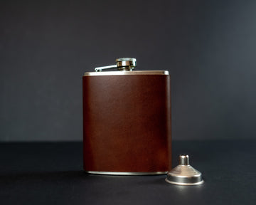 Leather wrapped hip flask - The No. 95 - Brown