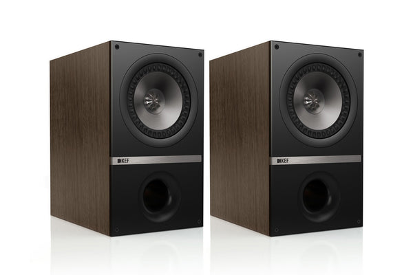 Q300 Bookshelf Speakers