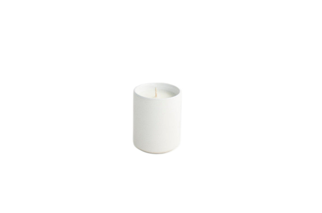 3.5oz Citrus + Black Currant Candle White