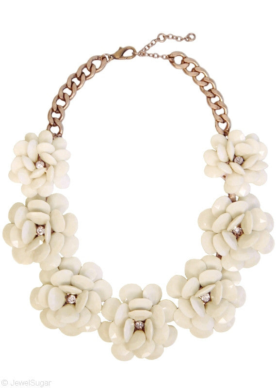 In Full Bloom Necklace - Ivory
