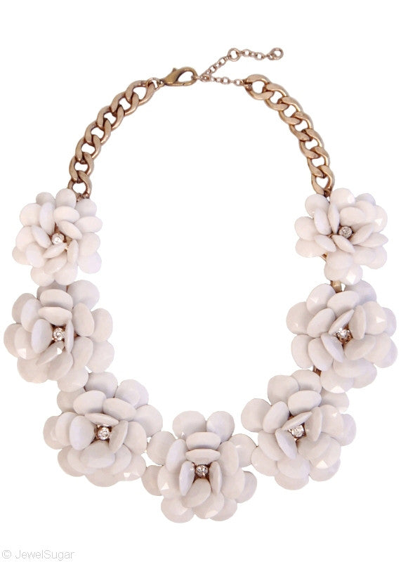 In Full Bloom Necklace in White