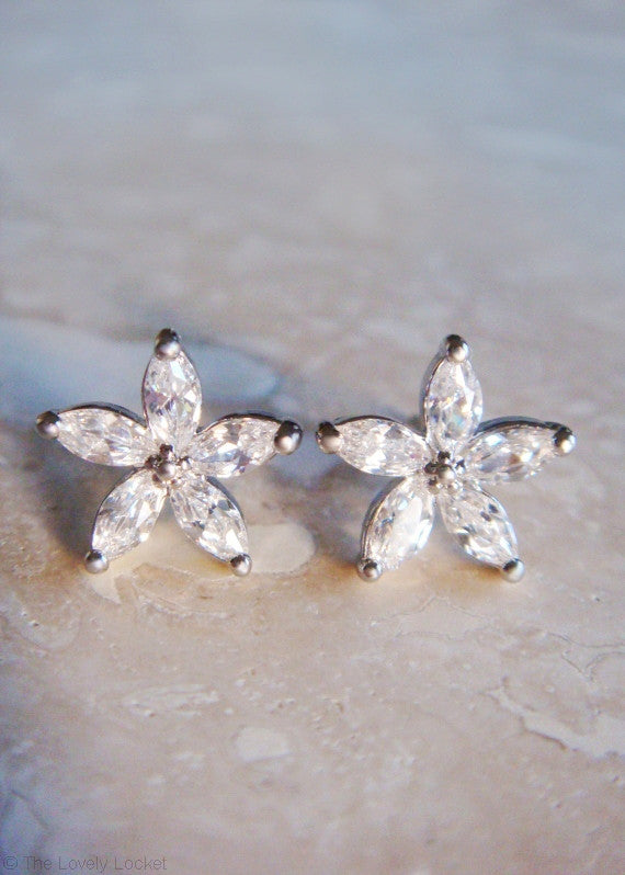 Sparkling Diamond Petal 14k Earrings