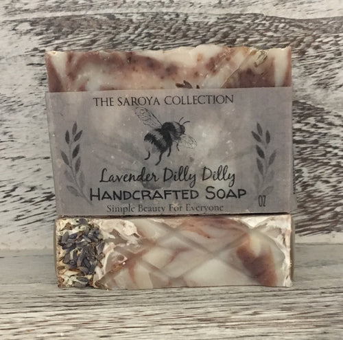 Lavender Vegan Handcrafted Soap has a calming effect on the skin, body & mind! 100% natural and topped with a touch of lavender buds, it smells like walking through the lavender fields of Provence, soothing and so intoxicating to the senses.