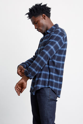 Lennox Long sleeve, button-down, relaxed fit shirt with single chest pocket in navy heather blue plaid - side