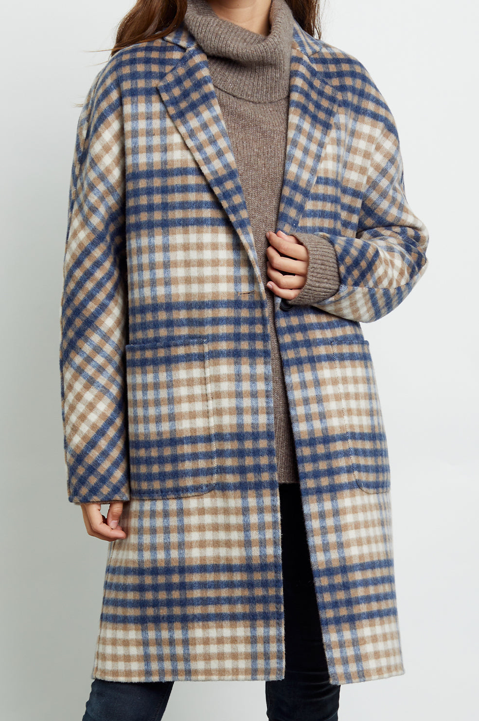 Everest wool blend trench coat in beige blue plaid - detail