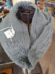 Cross Bones Scarf VIRTUAL Knit-Along! 📺 Yarn, Pattern, and LIVE Weekly Videos in your Private KAL Facebook Group