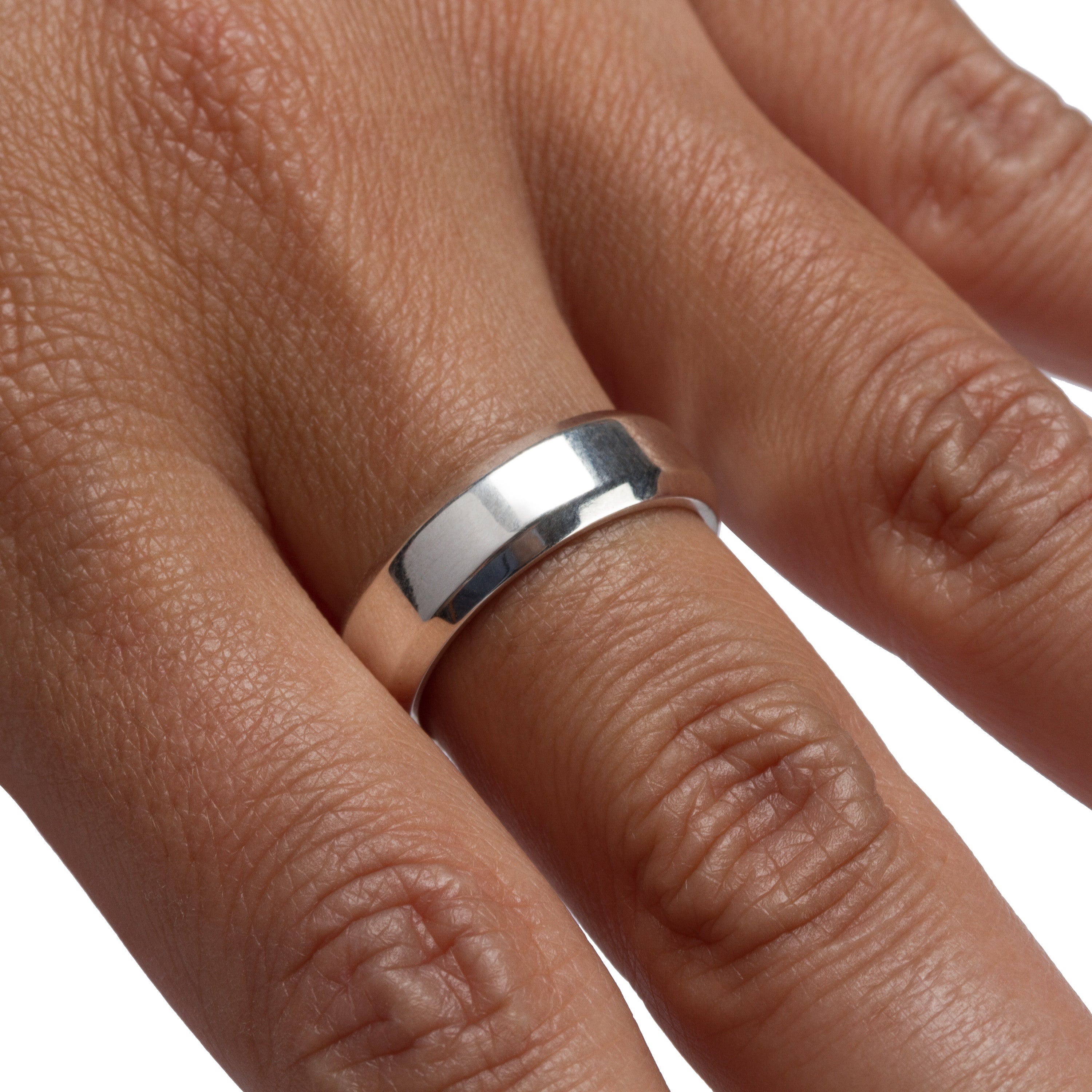 Uni-Ring 925 Sterling Silver Polished Ring on a Woman's Hand