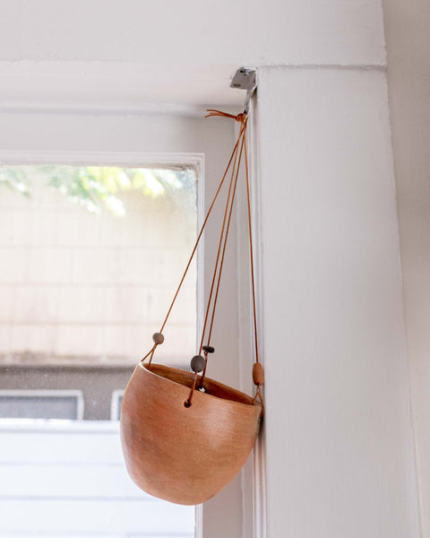 Barro Hanging Planter