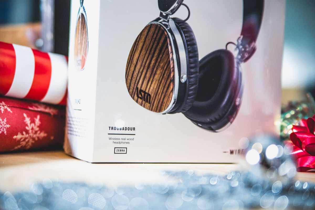 lstn sound troubadour bluetooth wireless headphones for corporate gifts and holiday gifts