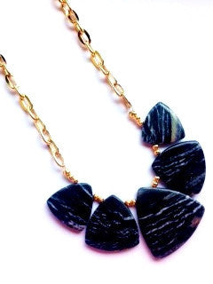 Black fan necklace