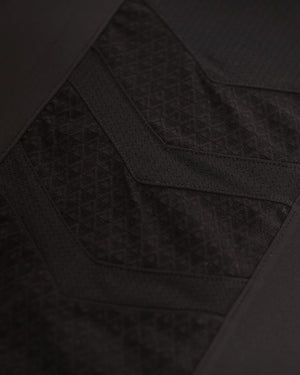 Elevate Shorts - Triple Black DRYV