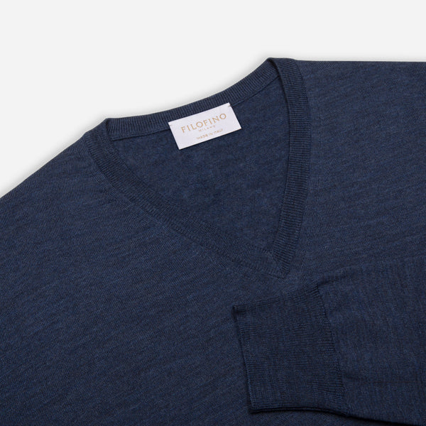 Extra Fine Merino Wool V-Neck in Blue, detail of collar and sleeve – FILOFINExtra Fine Merino Wool V-Neck in Blue, detail of collar and sleeve – FILOFINO Luxury Italian KnitwearO Luxury Italian Knitwear