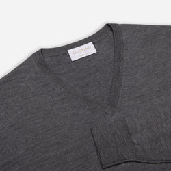 Extra Fine Merino Wool V-Neck in Charcoal, detail of collar and sleeve – FILOFINO Luxury Italian Knitwear