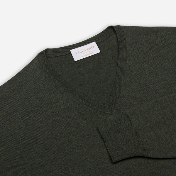 Extra Fine Merino Wool V-Neck in Dark Green, detail of collar and sleeve – FILOFINO Luxury Italian Knitwear