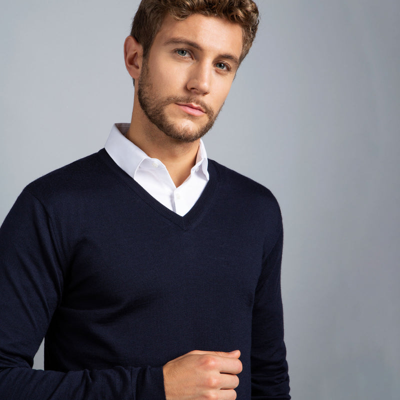 Extra Fine Merino Wool V-Neck in Navy, detail of collar on model – FILOFINO Luxury Italian Knitwear