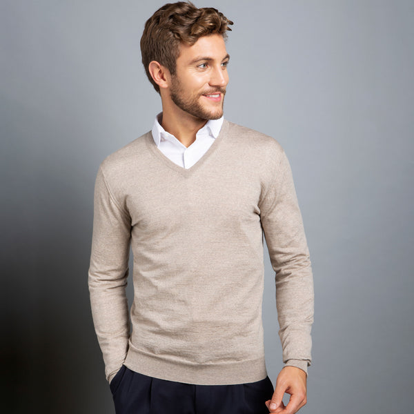 Extra Fine V-Neck in Oatmeal, Made from Cashwool Merino wool sourced from the finest Australian sheep – FILOFINO Luxury Italian Knitwear