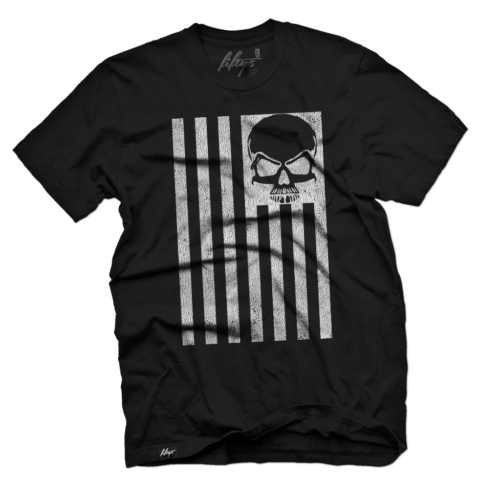 Distressed Skull Flag Men's T Shirt